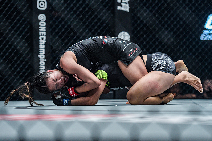 Angela Lee scores last gasp submission win over Xiong Jing Nan at ONE: 'Century' Part 1 | AsianMMA