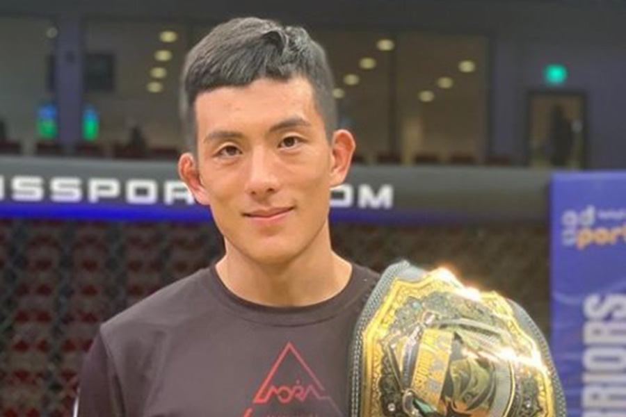 Lee Do Gyeom stops Rolando Dy, wins UAE Warriors featherweight title  